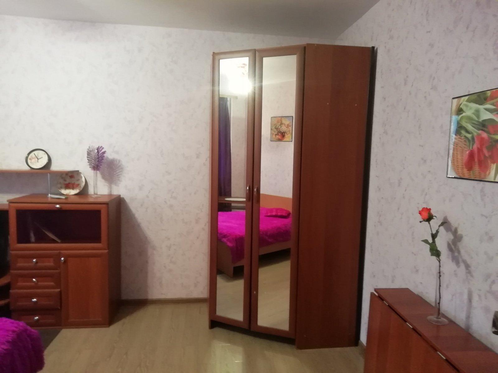 obychnaya-dvuhkomnatnaya-kvartira-02