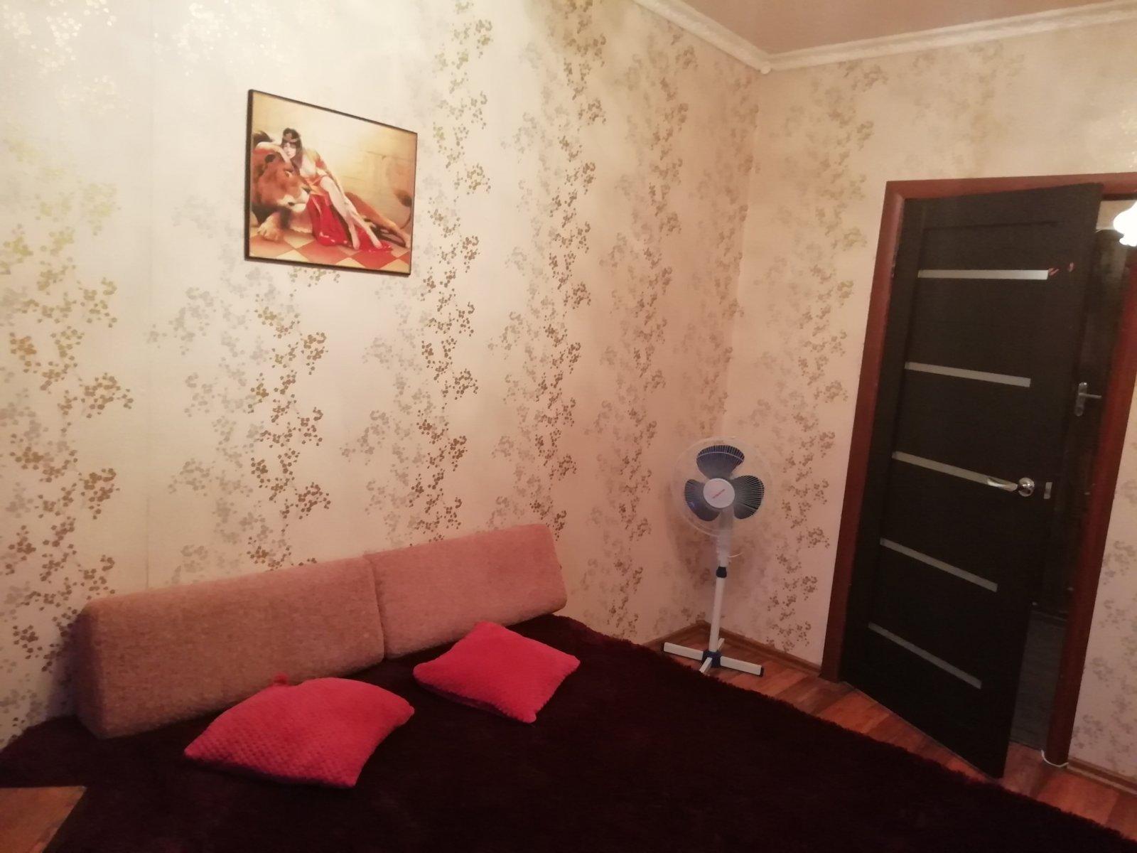 obychnaya-dvuhkomnatnaya-kvartira-04