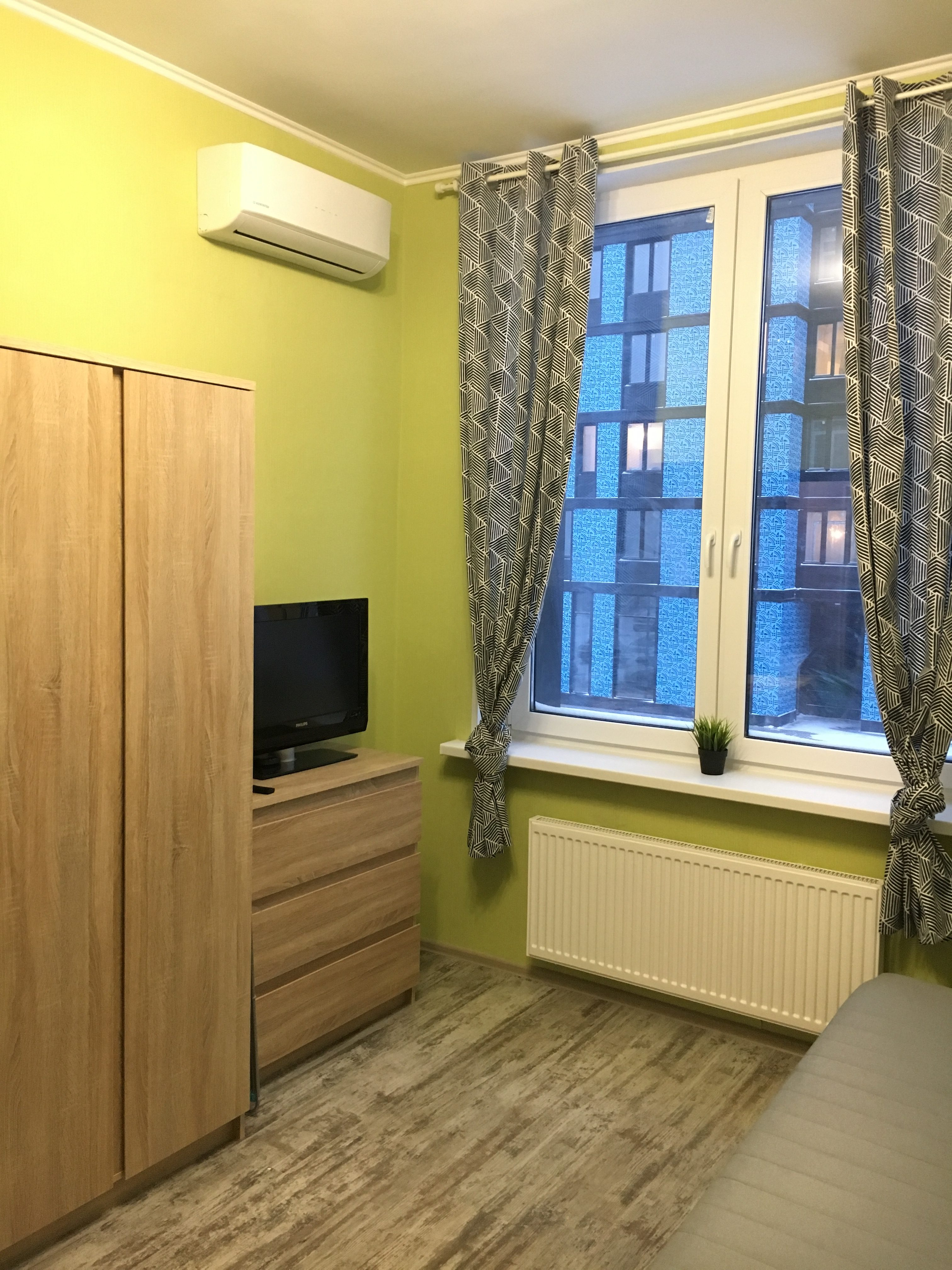kvartira-studiya-na-sutki-metro-tekhnopark-1-2-01