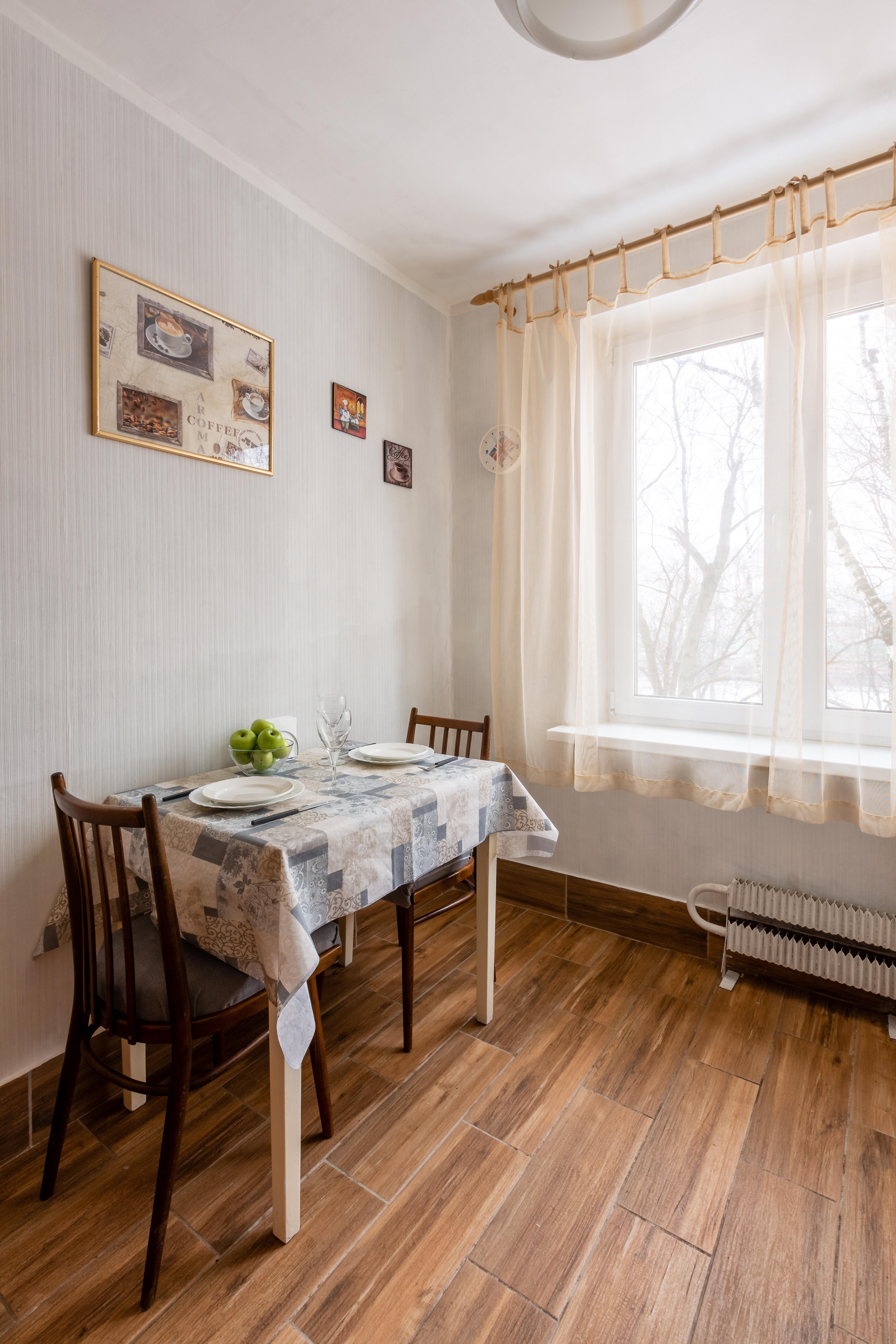 kvartira-posutochno-vyhino-07