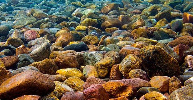 podvodnye-kamni-01