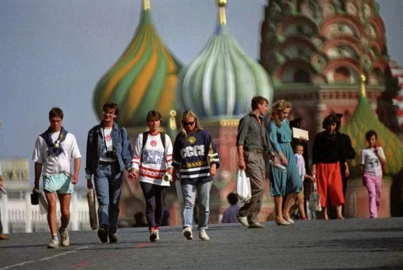 «Я покажу тебе Москву!» Страна Советов.